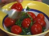Картофено гювече с домати