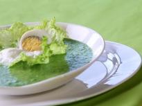 Студена яйчена супа