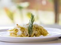"""Спагети """"Карбонара"""" със сметана"""