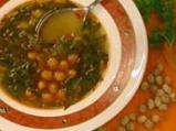 Супа от нахут с листа от бяло цвекло
