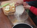 Сандвич от овесени бисквитки с плодове 3