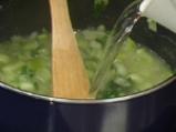 Супа от праз с кашкавалени топчета 3