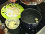 Супа от праз с кашкавалени топчета 4