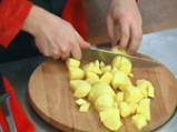 Овнешки котлети с картофено пюре и праз