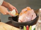 Коледна пуйка със сос от червени боровинки 2