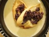 Крем супа от чесън с маслинови кростини 6