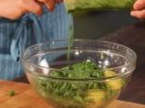 Картофена салата със зелен боб и песто 5