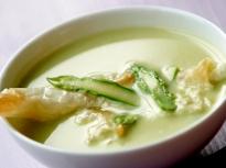 Крем супа от аспержи и пурички с козе...