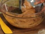 Овесени бисквитки с фъстъчено масло, поднесени с плодов шейк 2