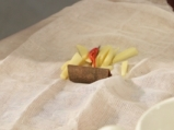Хрупкаво патешко с маринована краставица 2