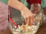 Кейк с амарант, сушени кайсии и орехи 2