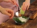 Супа от зелена леща със спанак 3