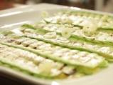 Рулца от тиквички с козе сирене и зелено олио 2