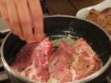Бързи свински вратни пържоли