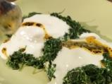 Яйца на фурна с рукола и чесново мляко 4