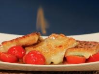 Саганаки с кашкавал и чери домати