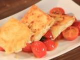 Саганаки с кашкавал и чери домати 4