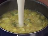 Супа от зелени домати с къри 2