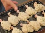 Панирани с майонеза пилешки бутчета 5