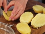 Картофи, пълнени с риба