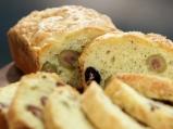 Солен кейк с  маслини