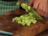 Салата от киноа със свежи зеленчуци 2