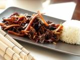 Пилешко със зеленчуци в азиатски стил