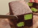 Батенберг кейк с шоколад и мента 11