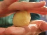Картофени кюфтета с плънка от кайма 7