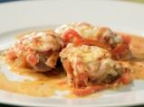Свинско с чушки и доматен сос