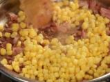 Салата от броколи с бекон и царевица 3