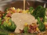 Салата от броколи с бекон и царевица 6