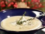 Супа от целина със синьо сирене
