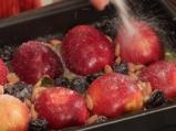 Печени ябълки с бадеми 4