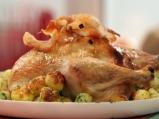 Печено пиле с плънка от гъби
