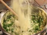 Качамак със сос от манатарки и сметана  3