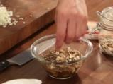 Качамак със сос от манатарки и сметана  7