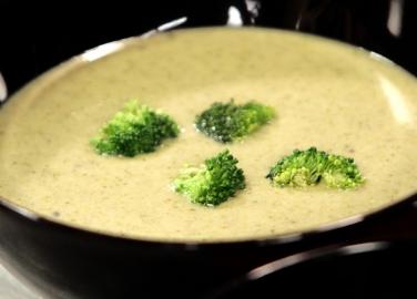 Супа от броколи и шамфъстък