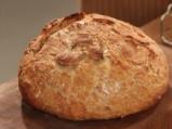 Хляб без месене с орехи и сирене 4