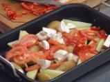 Картофени осминки на фурна с домати и печурки 3