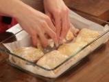 Печени пилешки бутчета, мариновани в мътеница 5