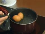Спаначена салата с гъби и естрагонов сос