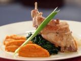 Заек с моркови и спанак