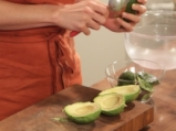 Панирано авокадо на фурна