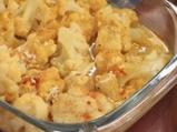 Задушен карфиол със сос от сирене и къри