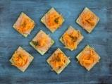 Спаначени крекери с пастет и моркови