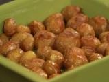 Свински котлети с хрупкава коричка и пресни картофи  4