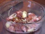 Китайска супа със свински ребърца