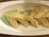 Рибени пелмени със сос от коприва 11