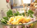 Спаначена салата с яйца и гъби 5